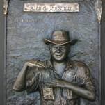 manda_feher_sculpture_public_art_bronze_Daniel_Ropeyarn_memorial_Injinoo_Community_Cape_York