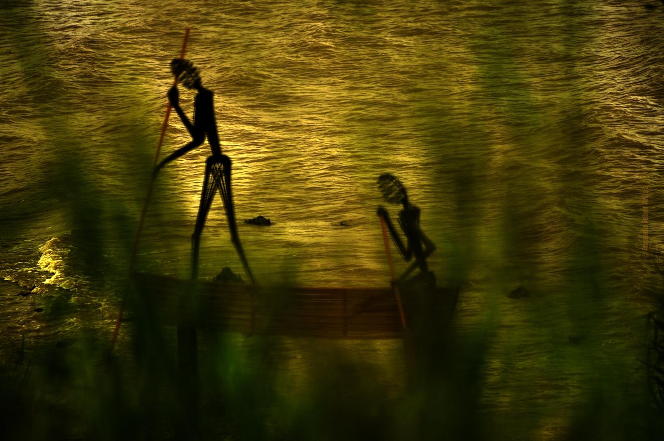 canoe people