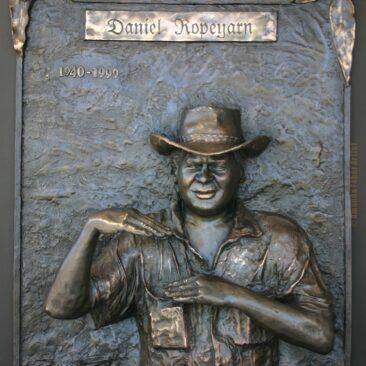 Daniel Ropeyarn Tribute Sculpture